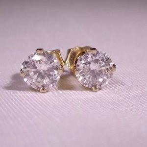 Jewelry - 1.5 carat 14k white/yellow gold diamond earrings